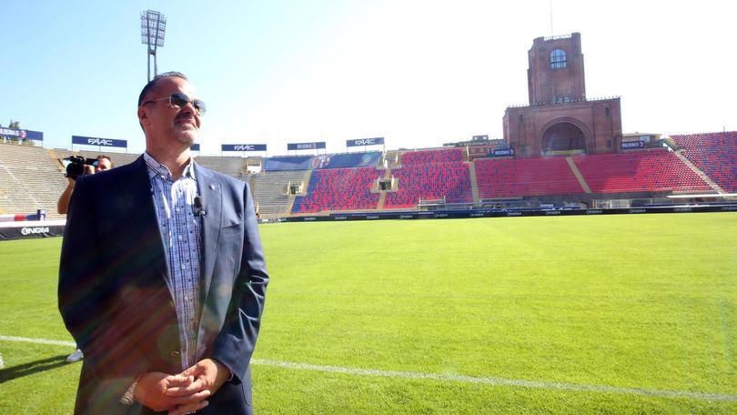 Presentati alla stampa i lavori di ristrutturazione dello stadio 'Dall'Ara' alla presenza del Presidente Joey Saputo, Bologna, 28 agosto 2015.ANSA/GIORGIO BENVENUTI