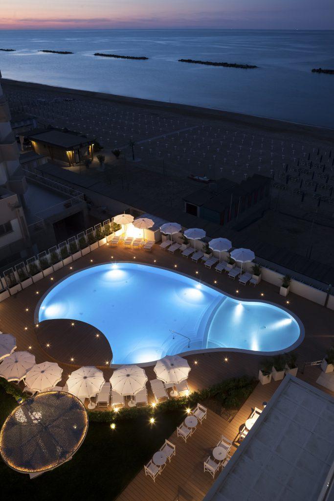 Eden_Hotels-Nautilus-Pesaro-Piscina(1)